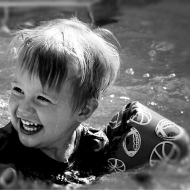 Nico playing in the pool