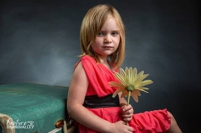 When you find some old trunks and a flowrt at goodwill. You have to take them home and do a photoshoot with them. Those are the rules!  #portraitphotography #kidphotography #goodwillscore #homestudio #homestudiolife #canon5dmarkiii #coloradophotographer