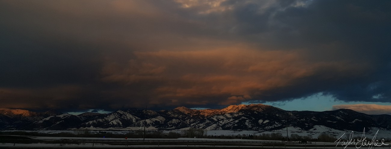 It may supposed to be summer or springs in Montana, but you never know what will happened. It may snow. My drive home allows me to get a fantastic view of the Bridger Mountains and a great sunset reflection.