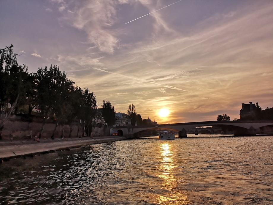 Beautiful sunset ???? Paris