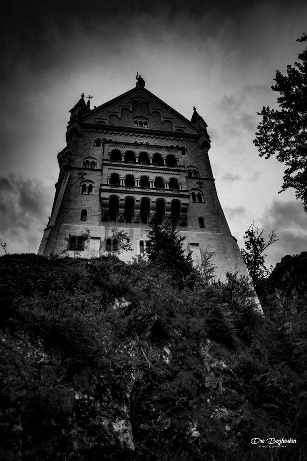 My spooky shot of Neuschwanstein Castle in Bavaria, Germany. Taken in 2017