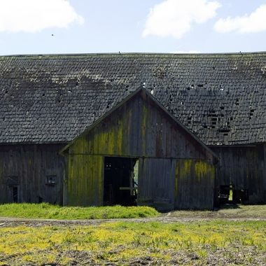 this is part of a collection that started rather accidentally while traveling cross-country -  I was fascinated with the variety of types of barns and farms I came across.