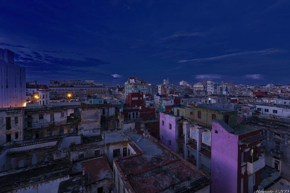 Just dusk over Havana (Aug/2018)