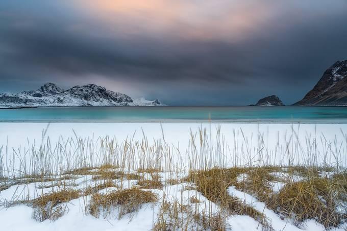 Silent Shore by francescogola - Social Exposure Photo Contest Vol 17