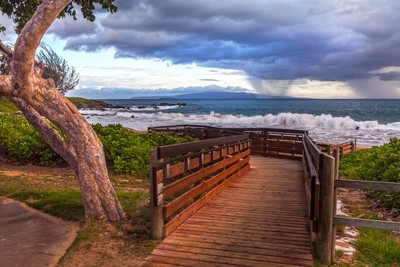 Kamoalo Beach storm