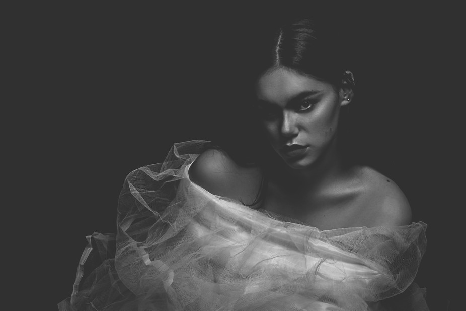 Model: Louise Afele