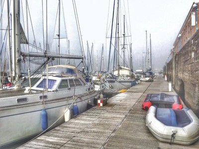 A misty morning on the marina