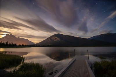 Vermilion Lakes moonrise