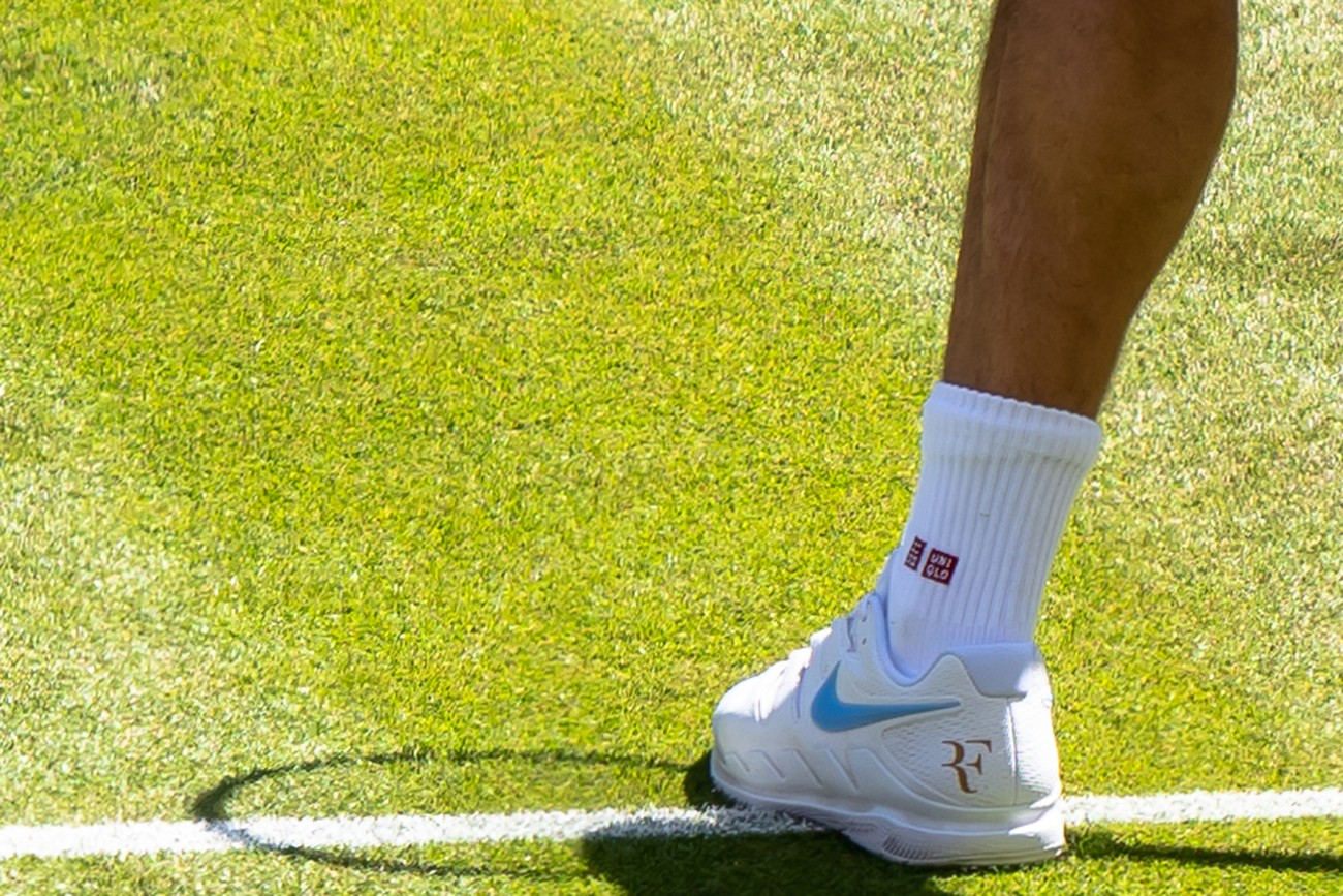 Federer's Left Foot
