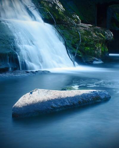 Cascades blue