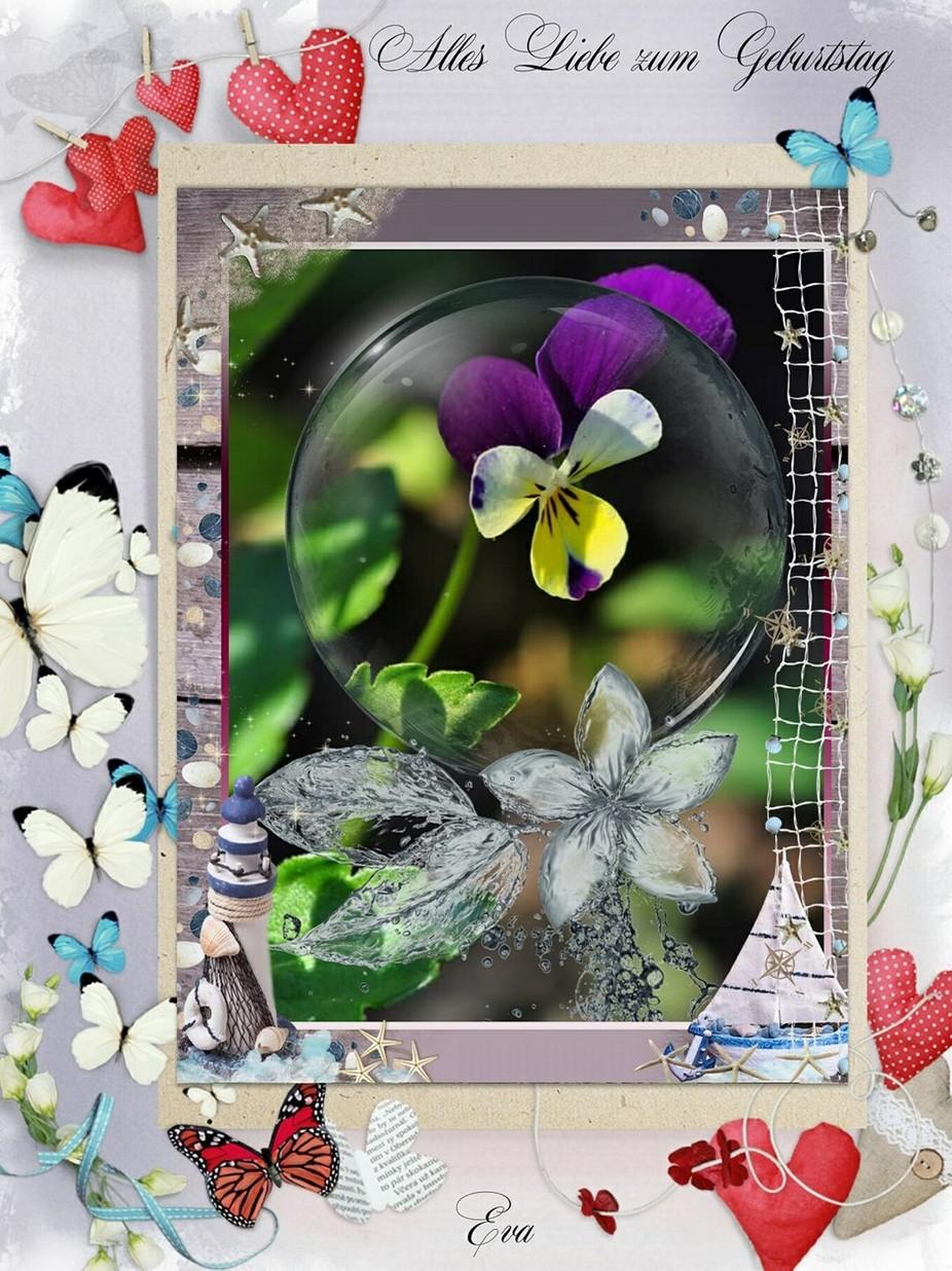 Das ist ein Unikat selber hergestellt mit einer fotografierten Blume