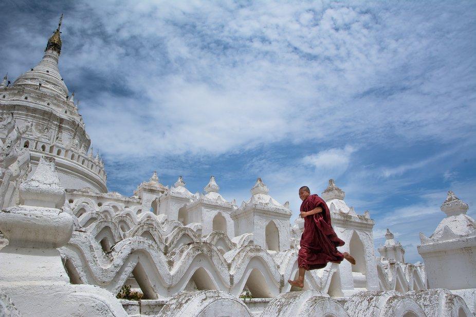 Travel Shoot On Min Gun MyaTheinTan Pagoda