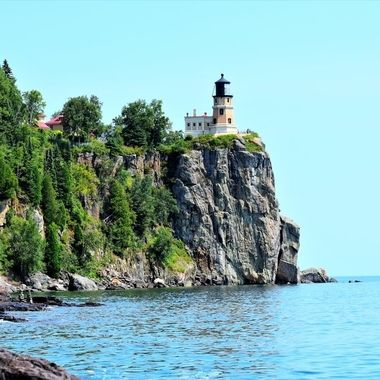 Sunny day at Split Rock Lighthouse on North Shore of Lake Superior
