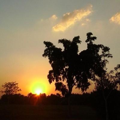 With every sunset I dream of a new tomorrow ♡#sunset #newtomorrow #hopefu