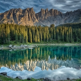 Image taken during August 2018 at the Carezza Lake in the Dolomites, Italy.