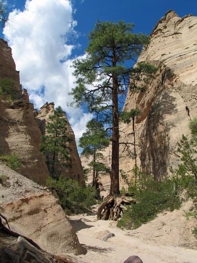 Kashe-Katuwe Slot Canyon