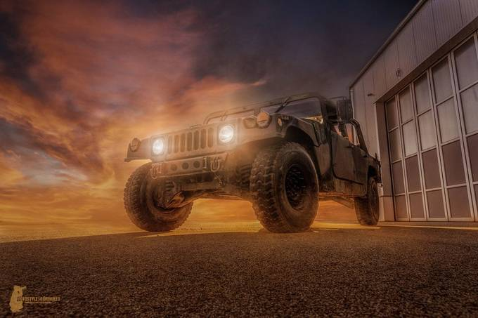 Hummer by Fotostyle-Schindler - Image Of The Month Photo Contest Vol 37