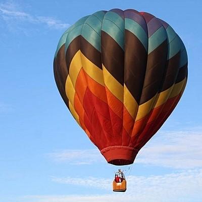 #gailwhittaker #gailwhittaker_photography #dfwphotographer #planoballoonfestival2018 #crewtrainingday #hotairballoon #colors_of_day2 #colors_of_day #colors???? #balloonfestival