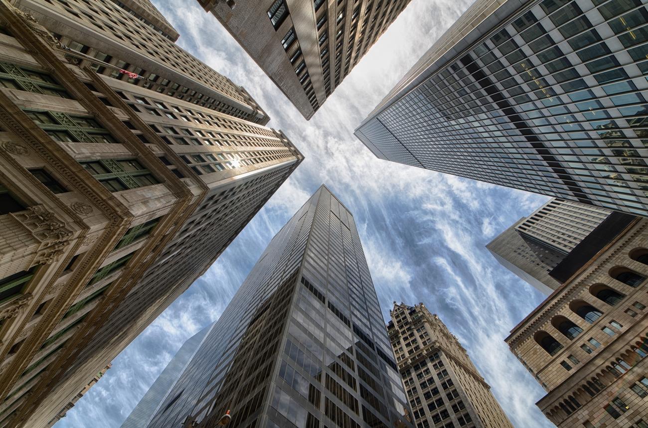 70 Skyscrapers Captured In Creative Ways