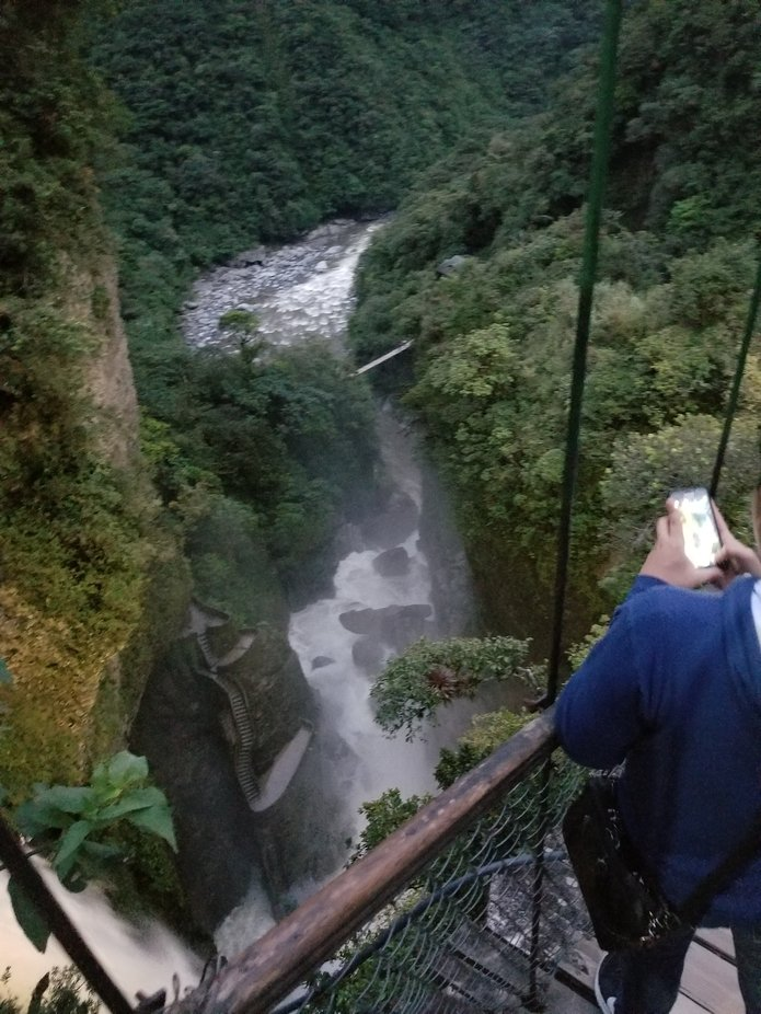 I took 2 shots of this majestic place, Baños, Ecuador.