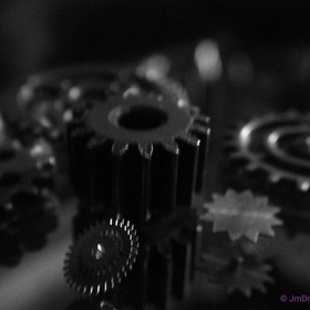#macro,#abstract,#gears,#steampunk,#blackandwhite,#stilllife,#reflection,