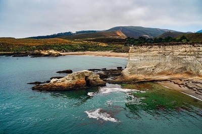 So this is Spooners Cove at Montana de Oro State park, which at this stage you realize im a bit obsessed about .To put into perspective the size of of the cove , you should pinch in and see if you can find cars and people. :) Also, I am very confidant, if