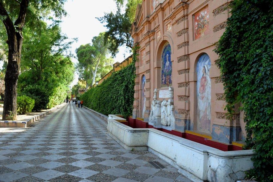 Muro del parque en Seville.