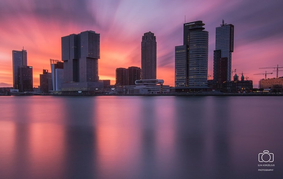 LE of the skyline of Rotterdam with LEE Big Stopper + LEE 0,9 SG