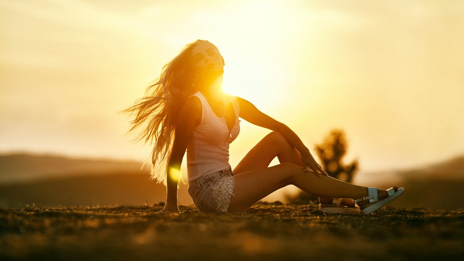 My favorite model Kate..and the beautiful sunset