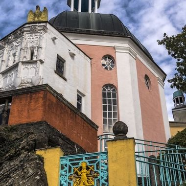Portmeirion is a fascinating collection of buildings and angles in the horizontal and vertical. Looking up to the dome of The Pantheon.