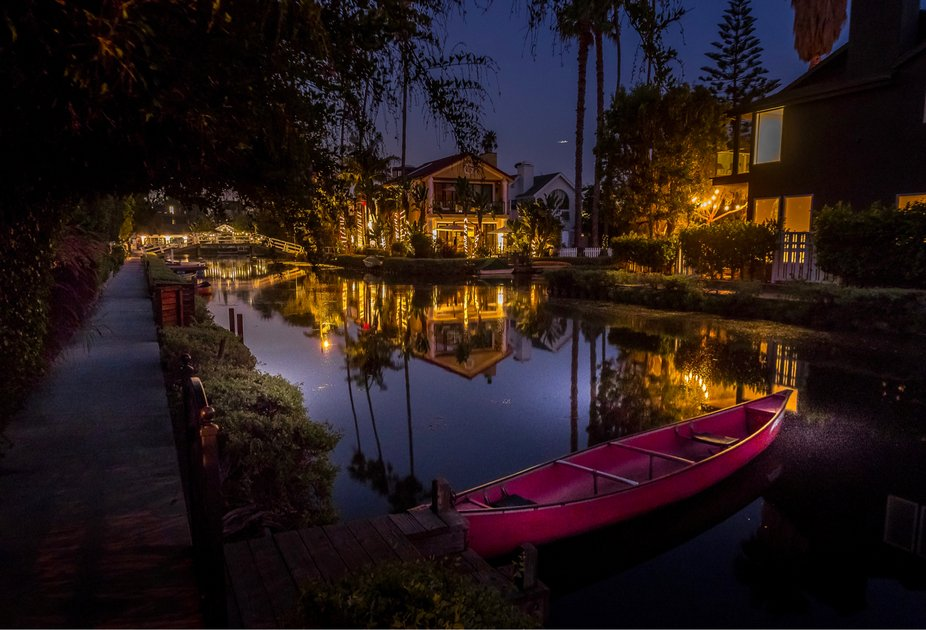 #didyouknow in 1905 developer Abbot Kinney had the canals hand built as part of his Venice of Ame...