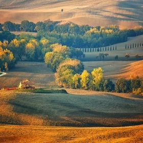 For me the best time to enjoy Tuscany is in the morning early by Sunrise