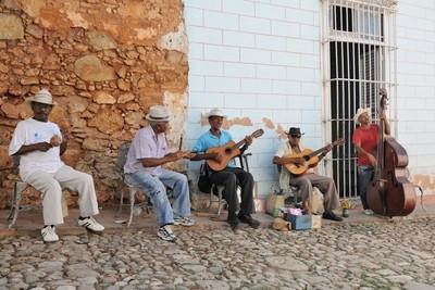 Grupo Los Pinos