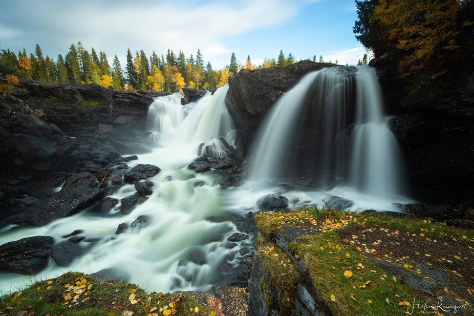 This waterfall is called Ristafallet and is located outside Åre in Sweden.