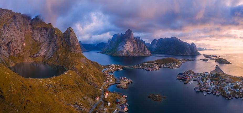 8 shot Panoramic capture of Reine Norway.