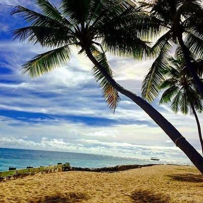Beach beach beach. Sandy hugs and salty kisses. #love #beach #RoamThePlanet #adventure #discoverylandscape #global_hotshotz #getoutside  #inspiredtravels #instagood #leifmagne #lifepoints #lonelyplanet #neverstopexploring  #travellushes #wanderlust #follo
