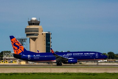 Sun Country Airlines Boeing 737-8F2(N825SY)