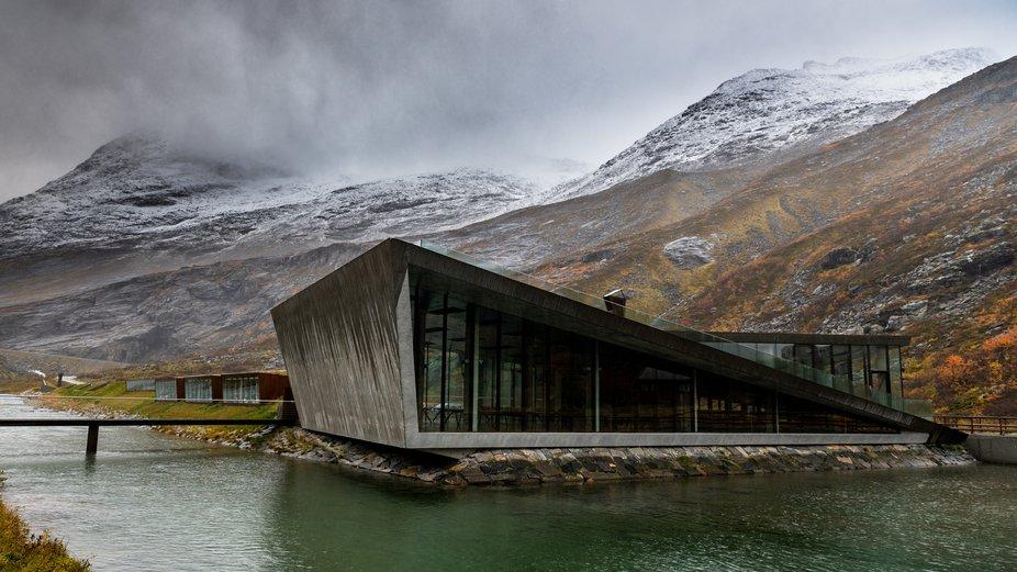 Contrast - Modern Architectur - Trolstigen -Norway