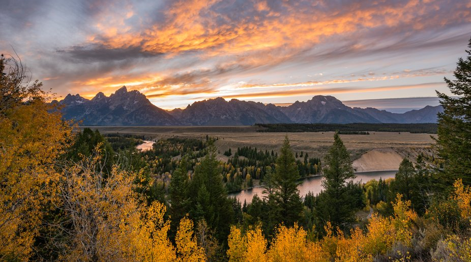 The Tetons at sunset , WY