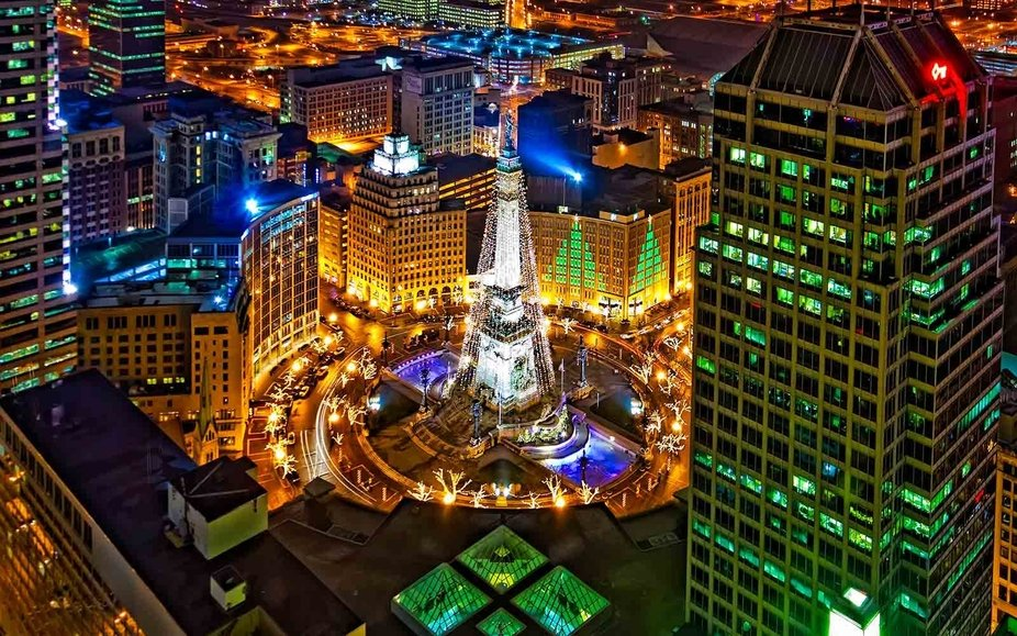 Downtown Indy circle of lights