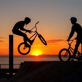 On the embankment of the Amursky Bay in Vladivostok, these young guys almost every evening do amazing tricks on their BMX sport bikes.