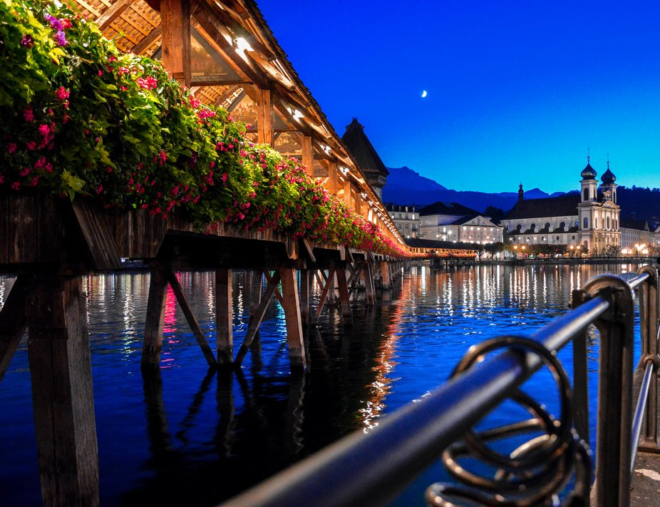 Winter night in Lake Luzern