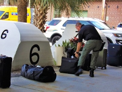 Official K9 Baggage Search