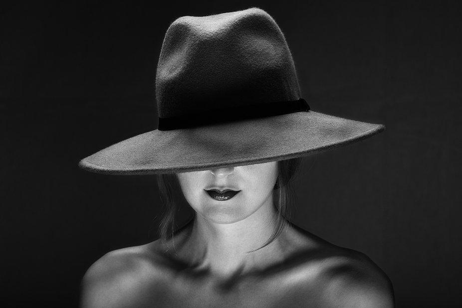 Model : Tiffany