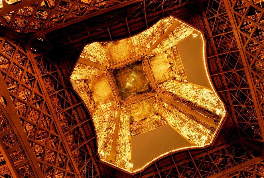 New Year in Paris, 2002/2003  Nikon F50, AF Nikkor 35-80mm D