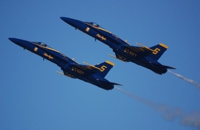 Blue Angles Solo # 5 and #6 Pilots Having Fun