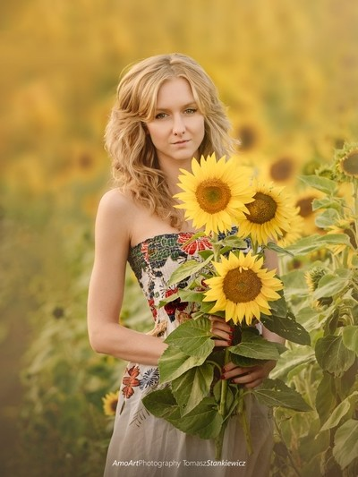 Sunflower Lady
