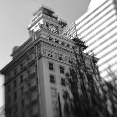 James Building, downtown Portland, Oregon. Canon 80D, Lensbaby Composer Pro II with Sweet 35 front optic.