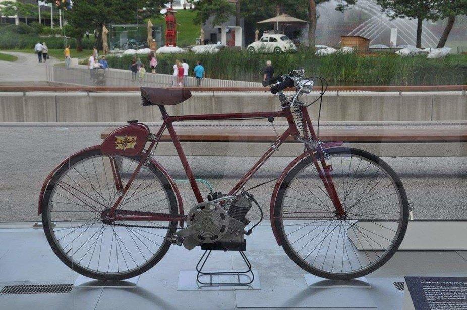 Das erste motorisierte Fahrrad