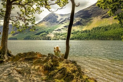 Relaxing at Buttermere
